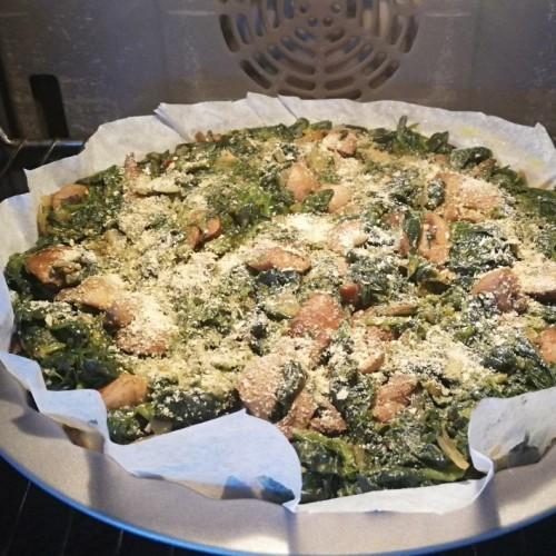 מתכון פשטידת חומוס, תרד ופטריות