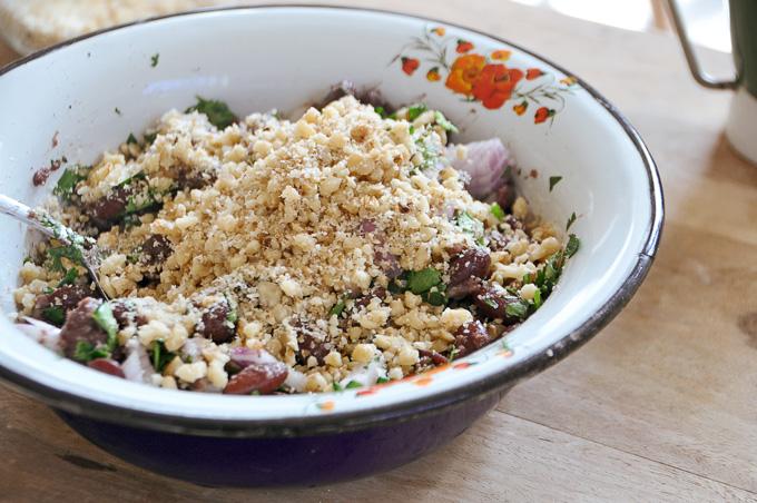 לוביו - תבשיל שעועית גרוזיני